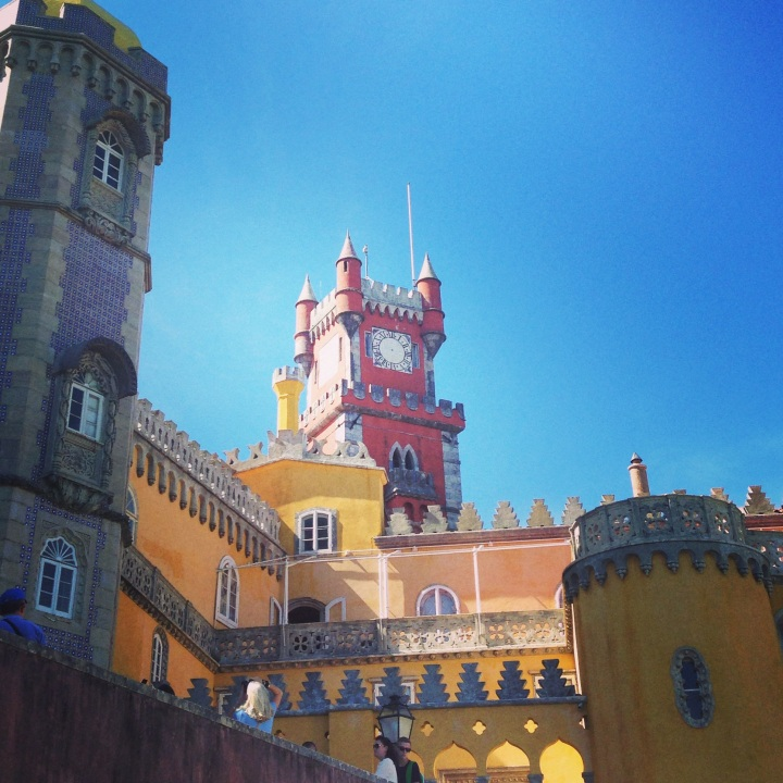Guide to the Fairytale City of Sintra,Portugal