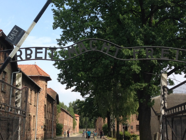 Travel Guide for TouringAuschwitz