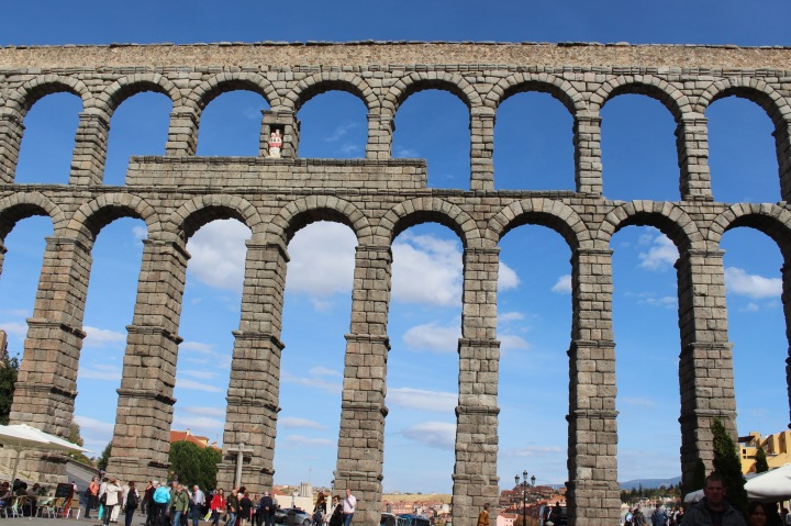 A Complete Guide to Visiting Segovia,Spain